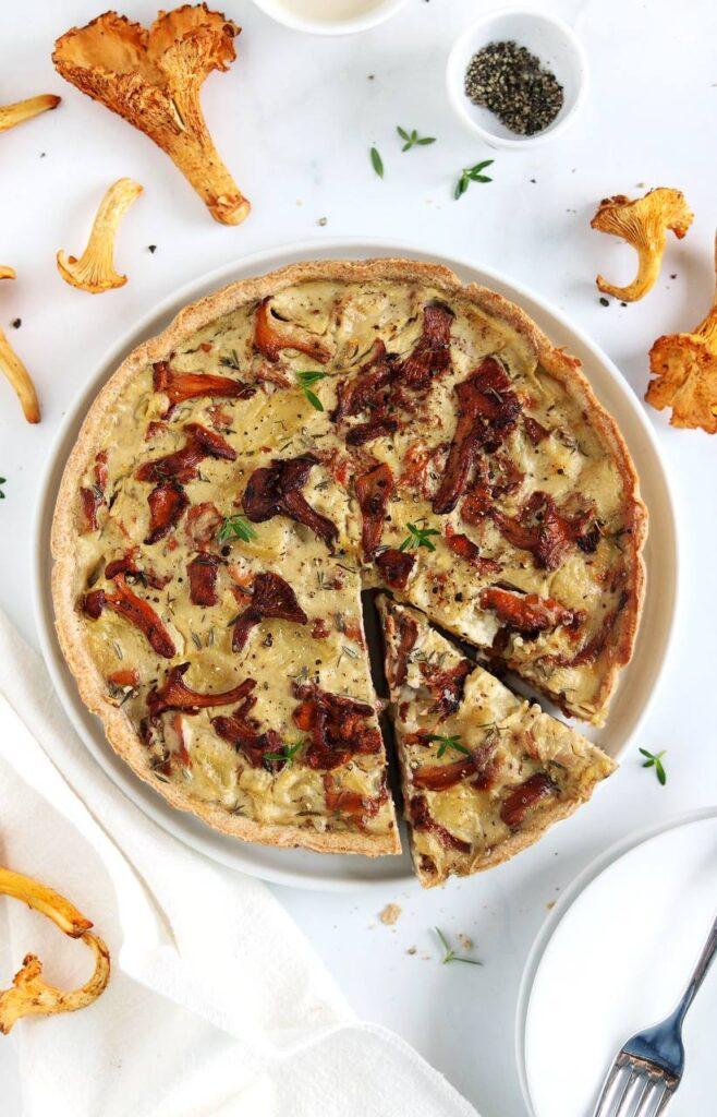 Ricette con i funghi per un autunno da dispensa - Torta salata patate e finferli Cristina Mauri