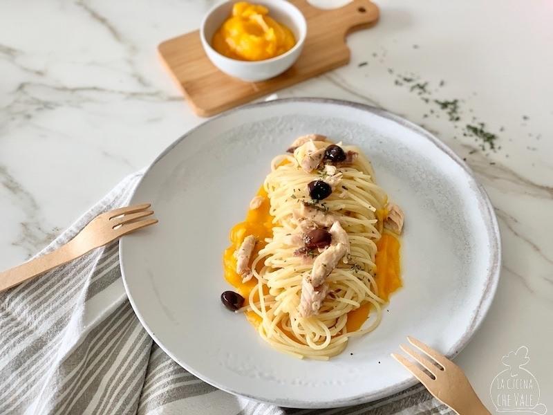 Spaghetti sgombro, zucca e rosmarino